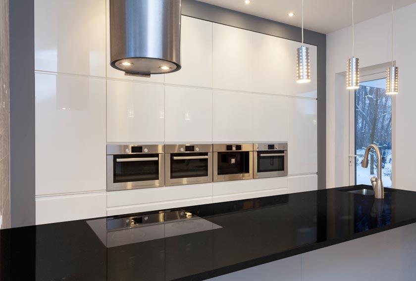 El granito se cuela en las cocinas de estilo n rdico y for Cocinas en granito natural