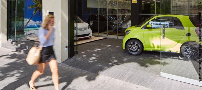 Smart Center Mercedes Benz en Madrid con pavimento de CUPA STONE