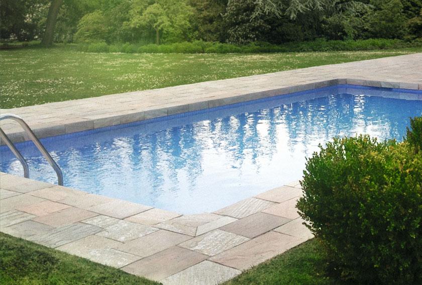 Cuarcitas de Villafranca en el borde de piscina