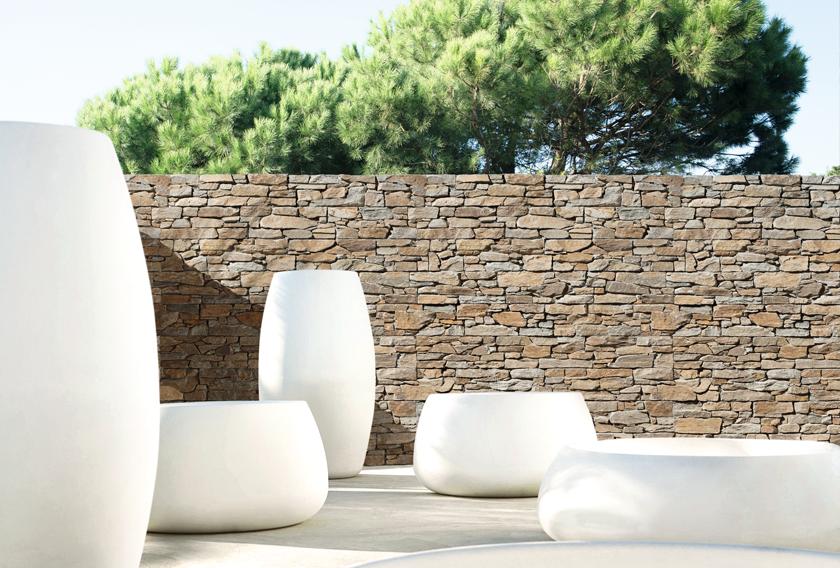 Piedra natural como elemento decorativo para jardines