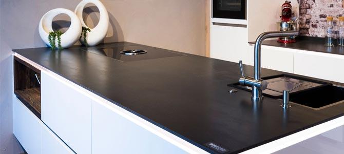 Encimera de cocina en Malm Black